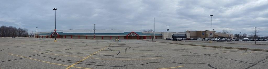 Super Kmart Port Huron, MI 3