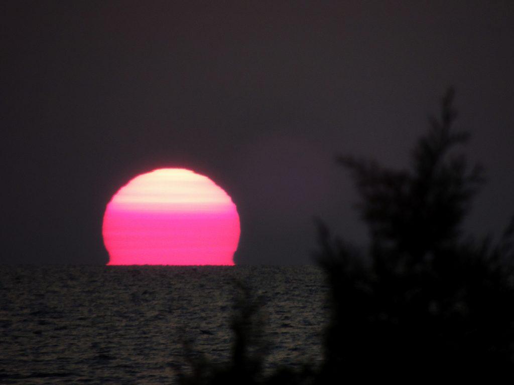 File:Lake Huron Sunset (37404531110).jpg